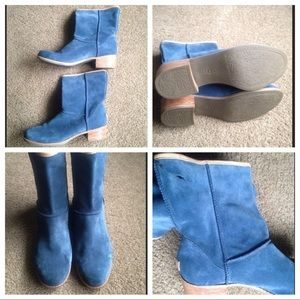 BLUE UGGS BOOTIES 💙